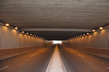 Alumbrado del túnel de Chinales en Córdoba
