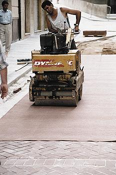 La ejecución de pavimentos con adoquines cerámicos