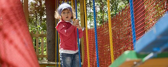 Evaluación de la seguridad y accesibilidad en los parques infantiles