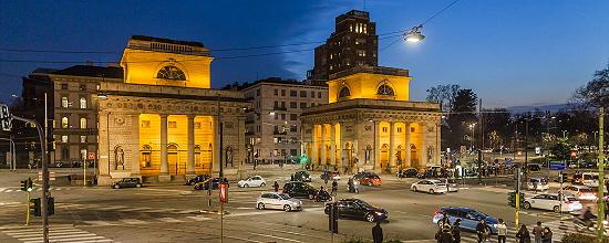 Luminarias ITALO de AEC iluminan Milán