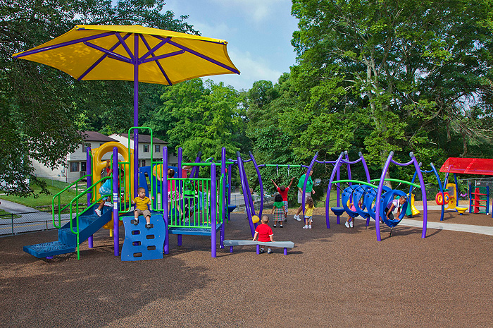 Diseño para todos en los parques infantiles