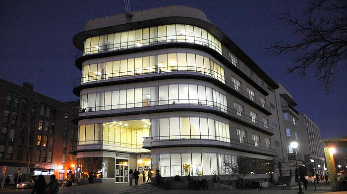 Iluminación de la Biblioteca de Móstoles.