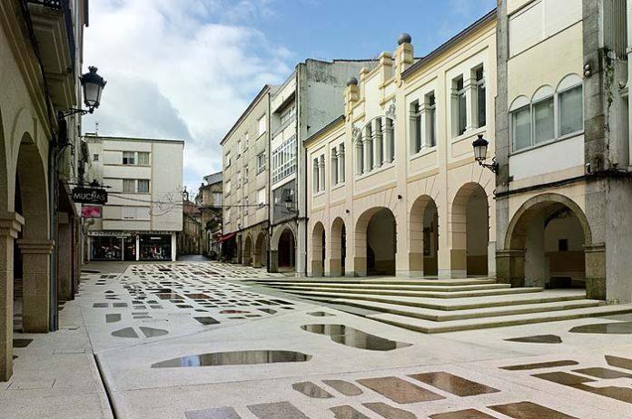 Praza do Curro en Noia, A Coruña
