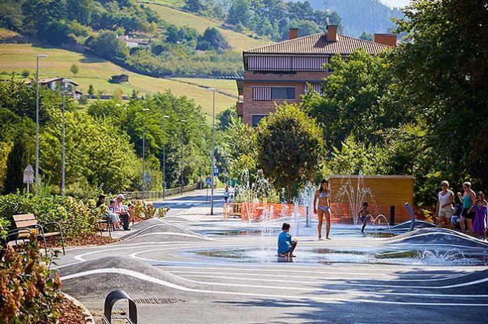 Parque de agua urbano Splashpad® en Oñati