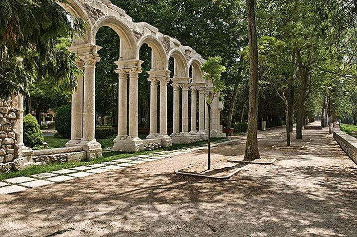 El terrizo y los Arcos de Castilfalé al fondo