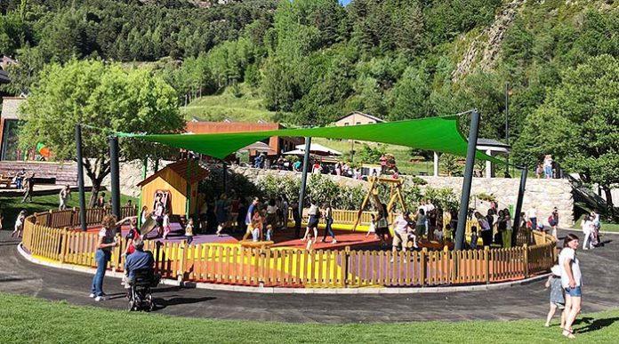 Happyludic en el parque de Las Tres Mellizas en Andorra
