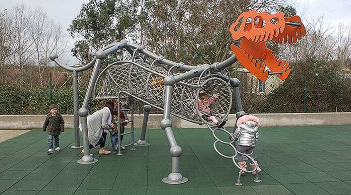Parque Dinosaurio de Manufacturas Deportivas