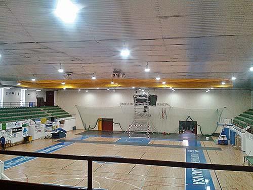 Silversun actualiza la iluminación del Polideportivo Municipal de Almansa