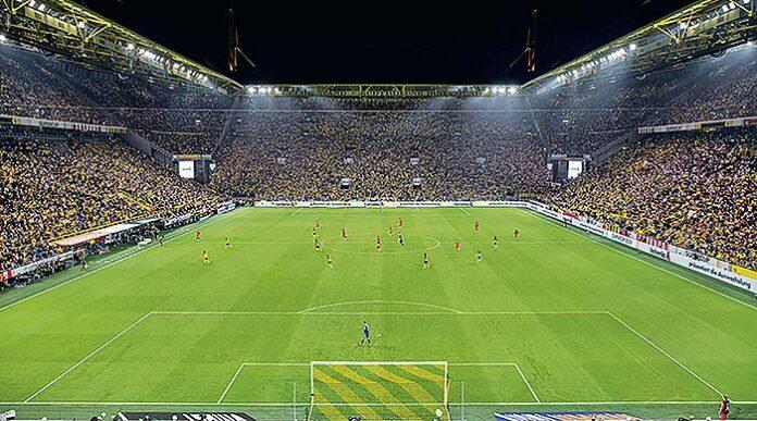 Iluminación deportiva de Thorn en el estadio de fútbol alemán del Borussia Dortmund